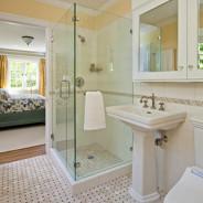Душевые ограждения, душевые из стекла — как обустроить душ в ванной комнате?
